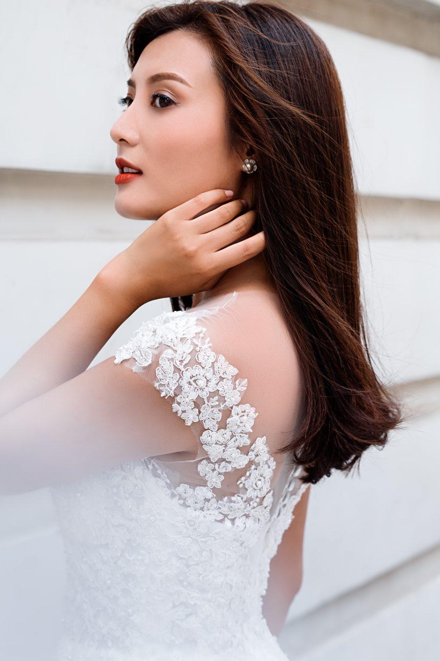 áo cưới chữ A màu trắng kem
