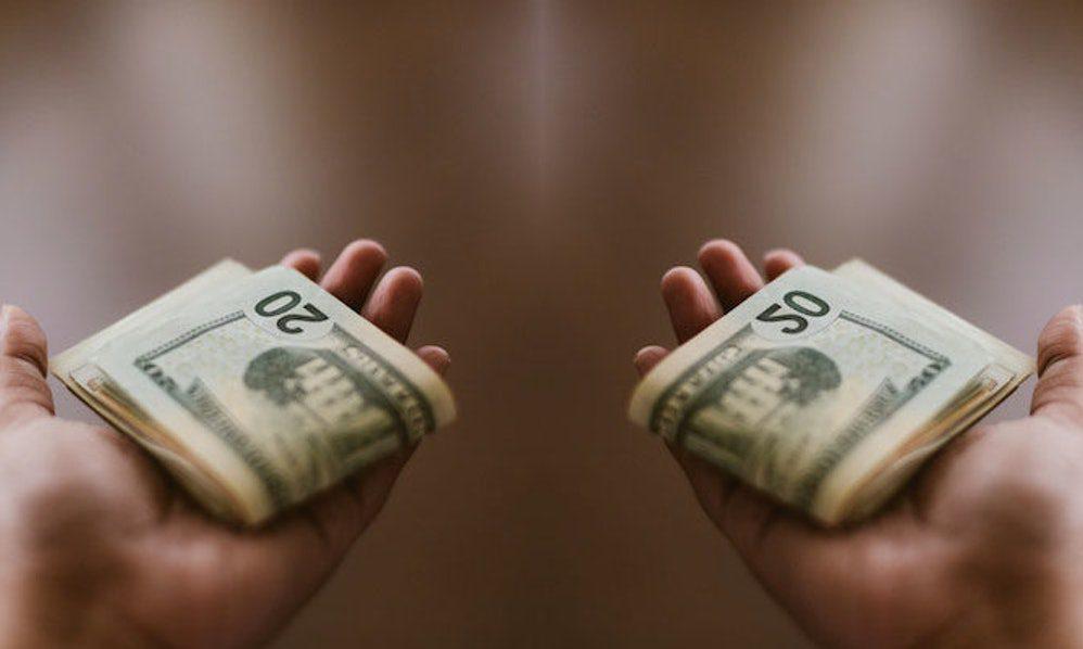 Vấn đề tài chính luôn đóng vai trò quan trọng trong cuộc sống hôn nhân vợ chồng
