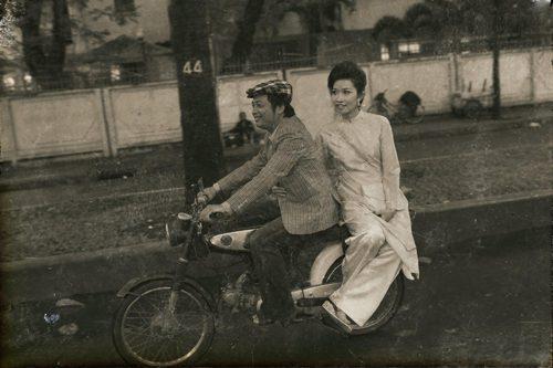 Những tấm ảnh xưa cũ, trắng đen gọi nhớ Sài Gòn thập niên 80