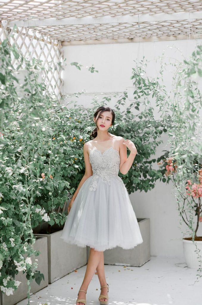 váy cưới ngắn daisy