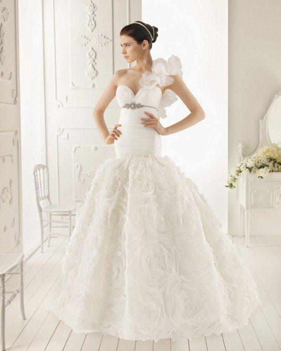 áo cưới cho da trắn nõn
