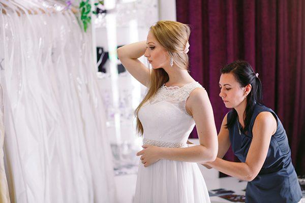 làm thế nào để chọn áo cưới
