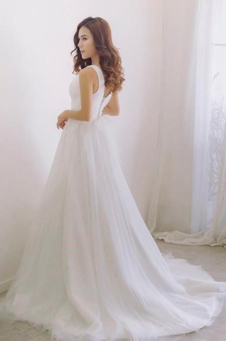 thuê váy cưới cho bà bầu