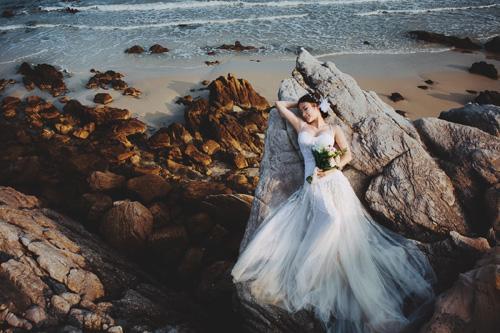 thuê váy cưới đi chụp ảnh