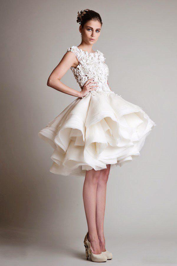 thuê váy cưới ngắn