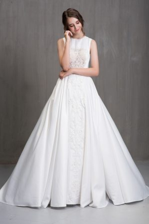 áo cưới công chúa phong cách cổ điển