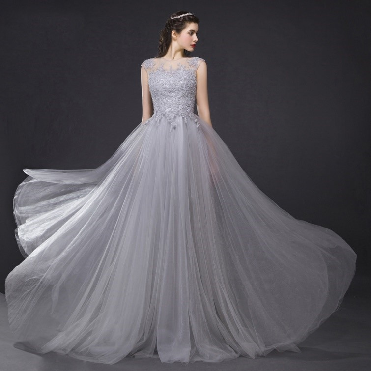 áo cưới màu ghi xám