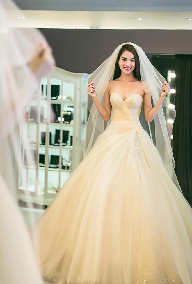 màu áo cưới cô dâu da ngăm