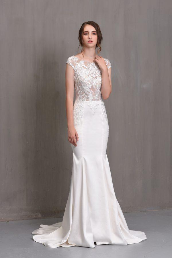 áo cưới đuôi cá màu trắng Rosa