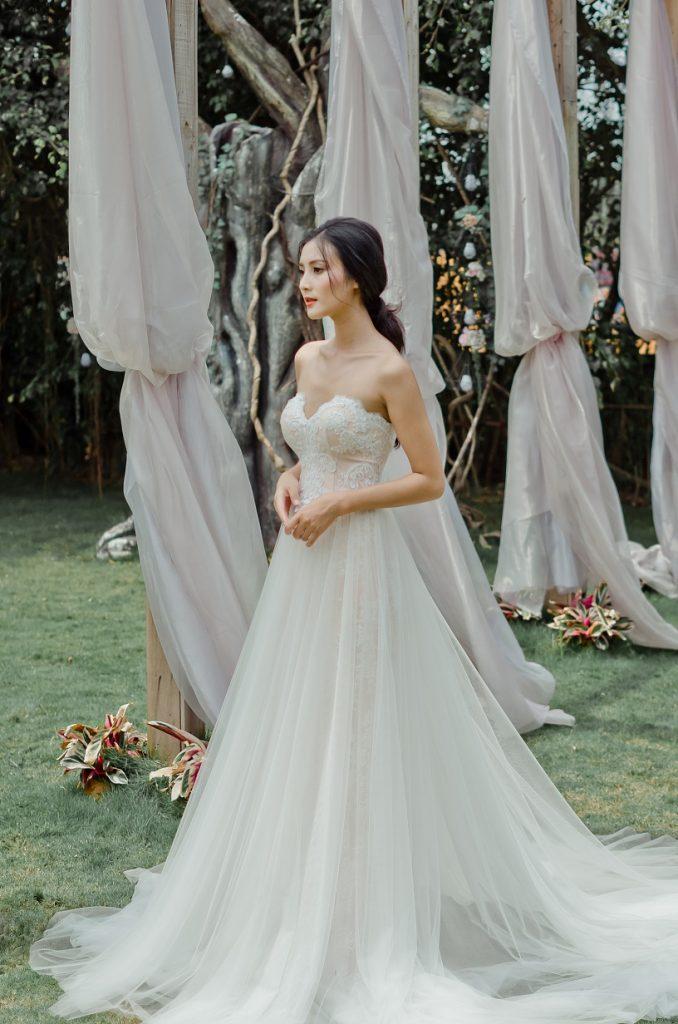 áo cưới cúp ngực công chúa