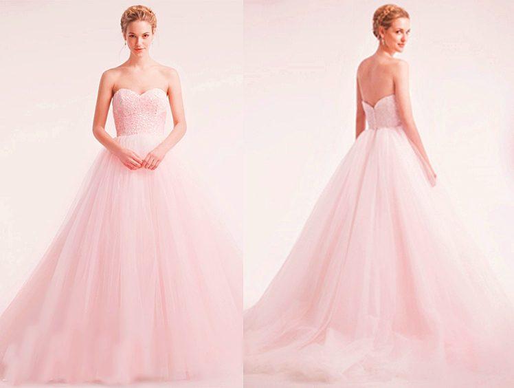 áo cưới cúp ngực màu hồng