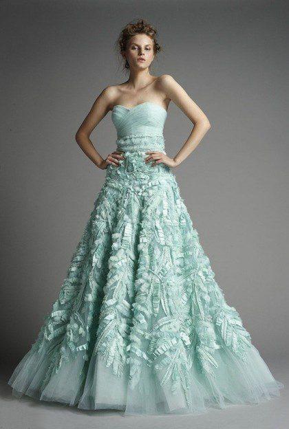 áo cưới cúp ngực màu xanh