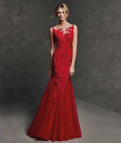 áo cưới đuôi cá màu đỏ đẹp