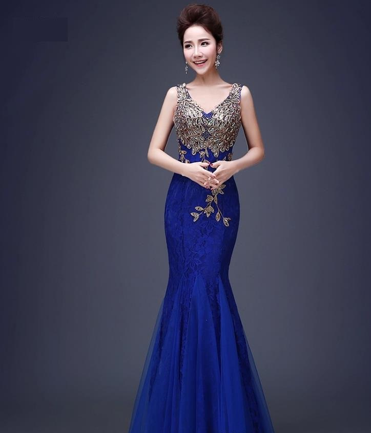 áo cưới đuôi cá màu xanh dương