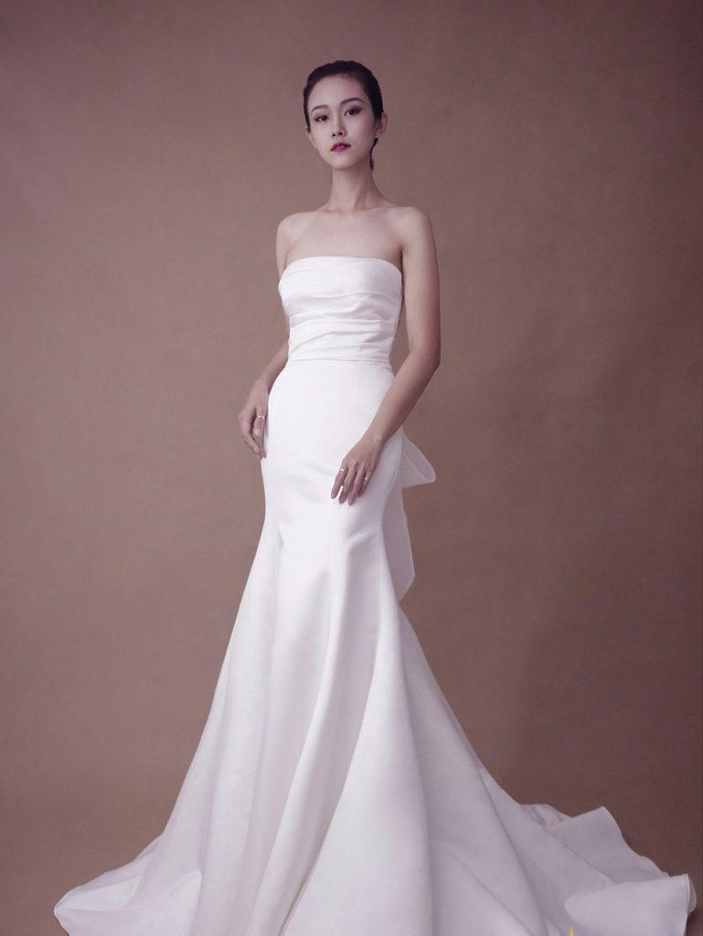 mẫu áo cưới đuôi cá đẹp