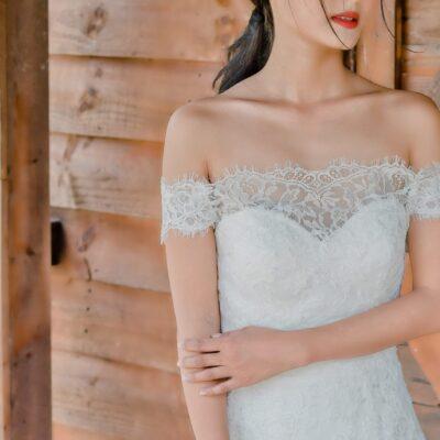 Áo cưới trễ vai đẹp, gợi cảm, phù hợp cho cô dâu hiện đại