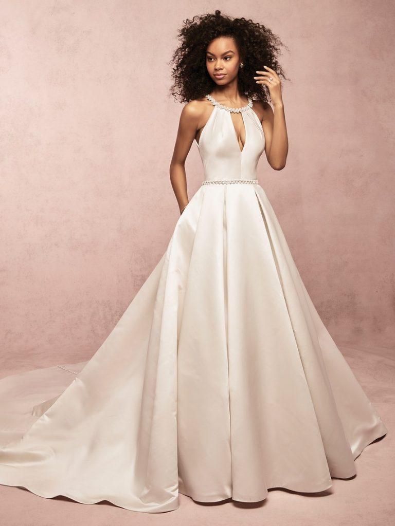 áo cưới công chúa 2019