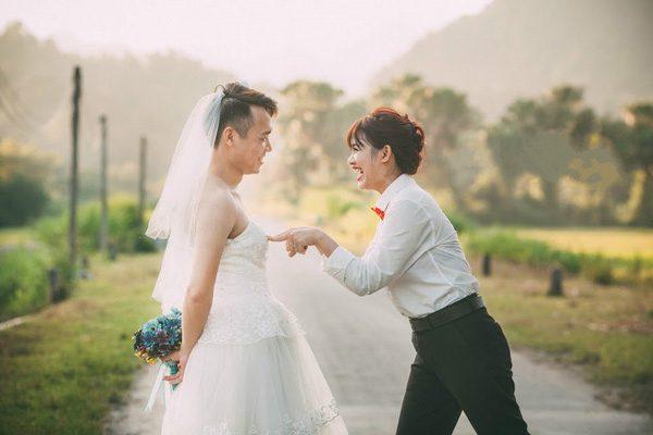 chụp ảnh cưới phong cách hoán đổi vai