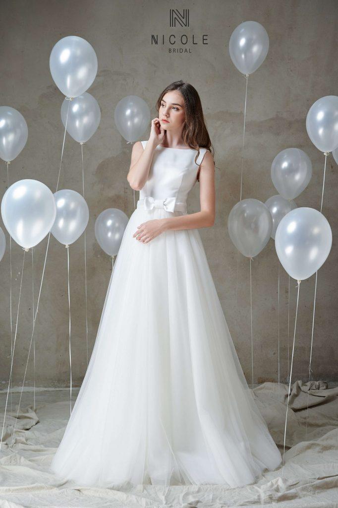 áo cưới đơn giản kín đáo