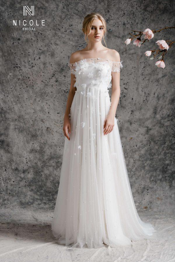 váy cưới suông chữ A