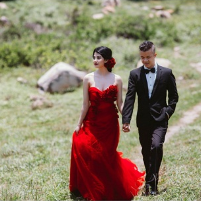 Cách tạo dáng khi chụp ảnh cưới ngoại cảnh đẹp hút hồn