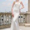 váy cưới đuôi cá hở lưng
