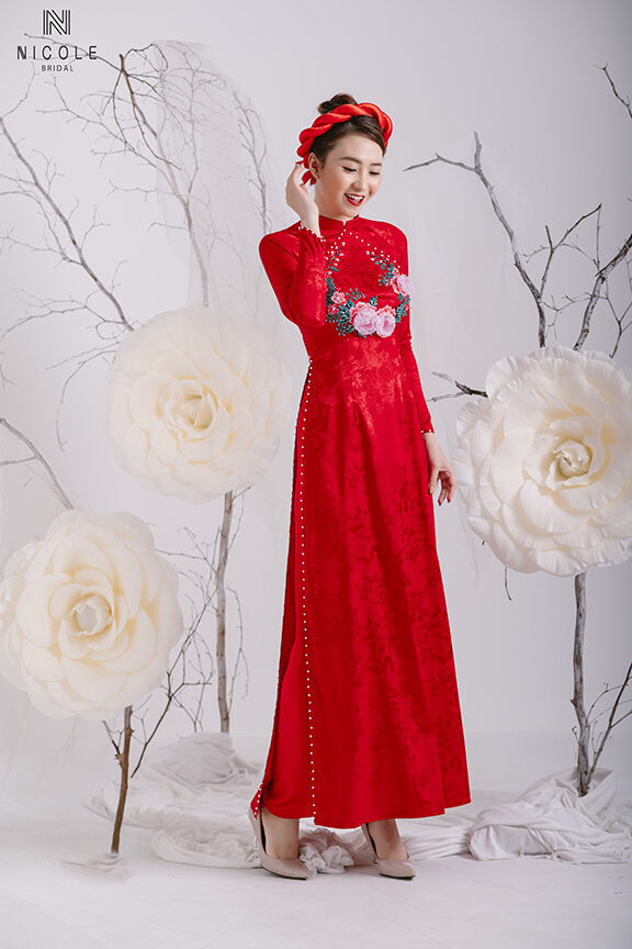 RED BROCADE AODAI