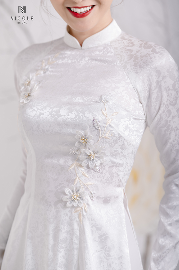 WHITE BROCADE AODAI