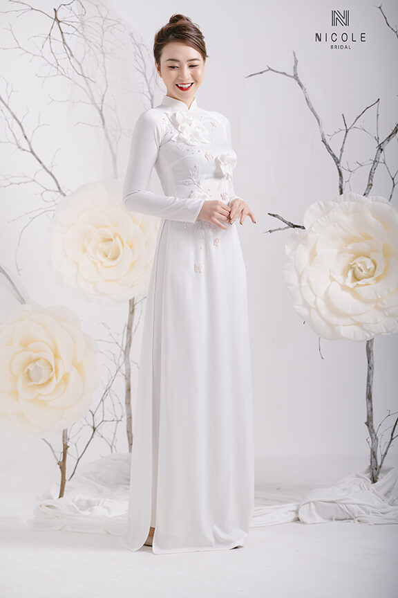 WHITE WEDDING AODAI