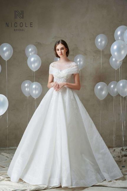 Váy cưới công chúa LANI